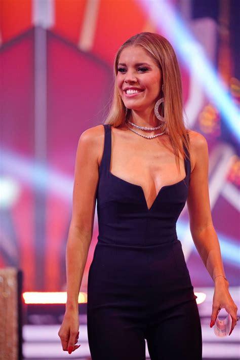 Victoria moderiert das rtl erfolgsformat nun schon in der 4. Victoria Swarovski Sexy - #TheFappening