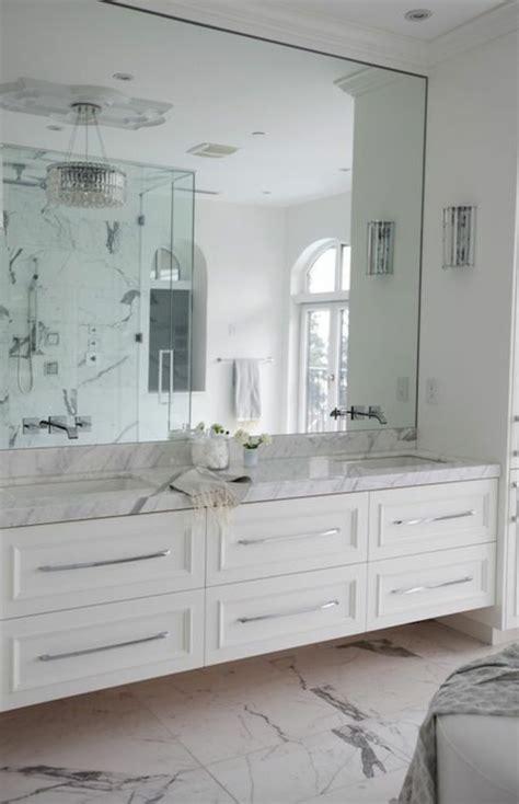 beaucoup didees en  pour la salle de bain en marbre