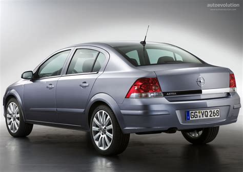 vauxhall astra 2007 opel astra sedan specs 2007 2008 2009 autoevolution