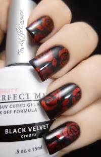 Carpet Roses Colors by 45 Stylish Red And Black Nail Designs 2017
