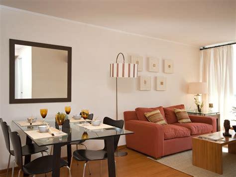 sala comedor en espacio pequeno en  paredes