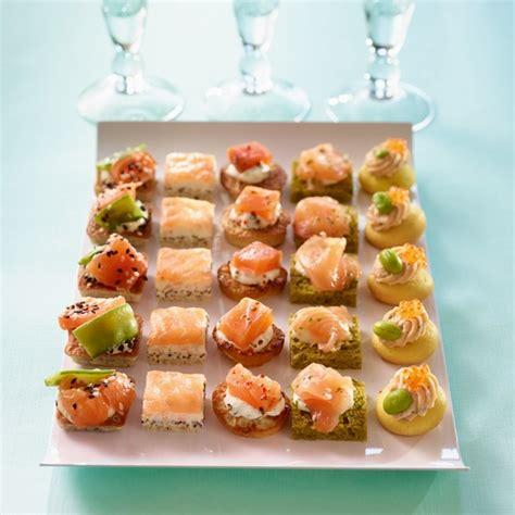 canapés cocktail saumon prêt à recevoir