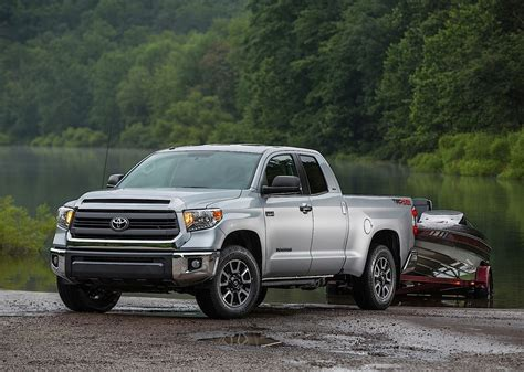 Toyota Tundra Double Cab Specs & Photos