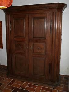 Armoire Bois Massif : armoire chene massif ~ Teatrodelosmanantiales.com Idées de Décoration