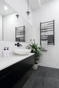black and white small bathroom ideas 25 best ideas about black white bathrooms on classic white bathrooms classic style