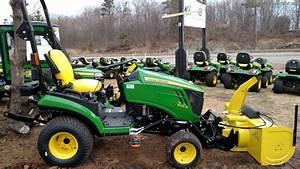 John Deere 1025r - Compact Utility Tractors