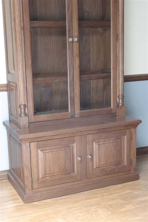 Amish Cabinet Makers Arthur Illinois by Woodloft Keyed Locks For Added Security