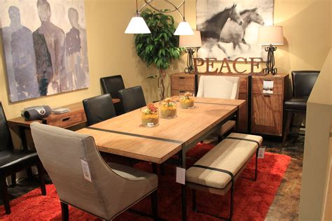 1039 Picnic Style Dining Room Table With A Variety Of