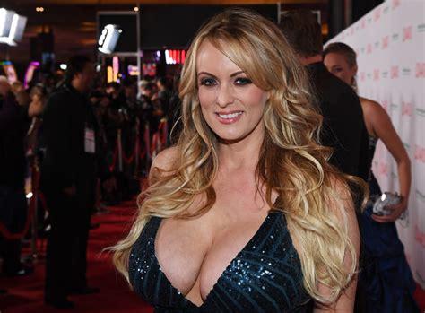 Trump Lawyer Admits Paying Porn Star Radio New Zealand News