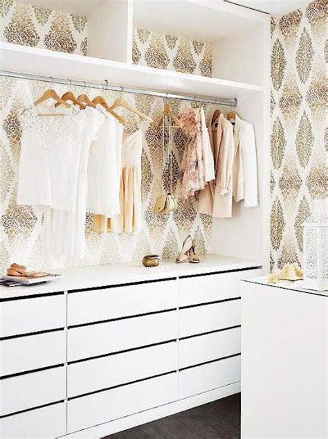 Walk In Closet Wallpaper by 156 Best Walk In Closet Organized Closet Images On