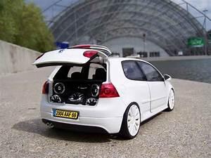 Jantes Golf 5 : volkswagen golf v gti miniature blanche jantes audi 18 ~ Melissatoandfro.com Idées de Décoration