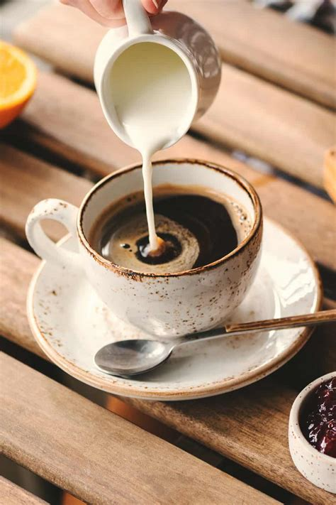 How long can coffee creamer stay in the fridge? Can You Freeze Liquid Coffee Creamer?