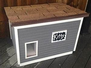 Best 25 insulated cat house ideas on pinterest for Insulated outdoor dog house
