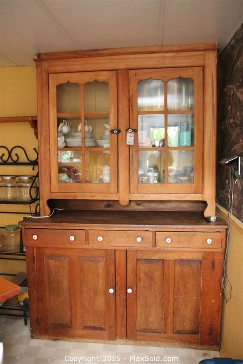 kitchen cabinet auctions maxsold auction oakville ontario canada downsizing 2356