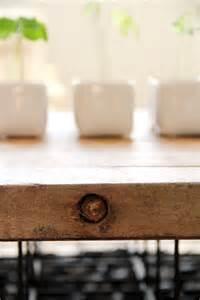 une table basse unique tete dange