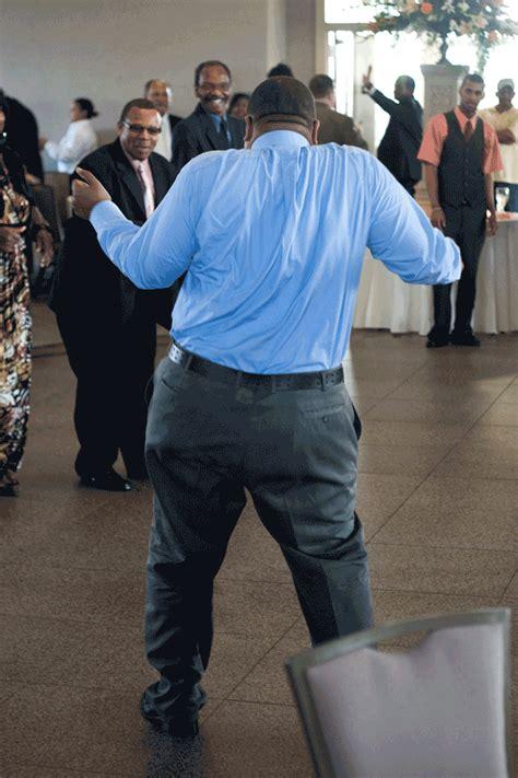 Abra Michelle Photographer Dancing Man Wedding Fun