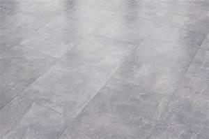Laminat Weiß Gekalkt : reud bodenarena laminat fliese sichtestrich grau inkl trittschalld mmung und sockelleiste ~ Markanthonyermac.com Haus und Dekorationen
