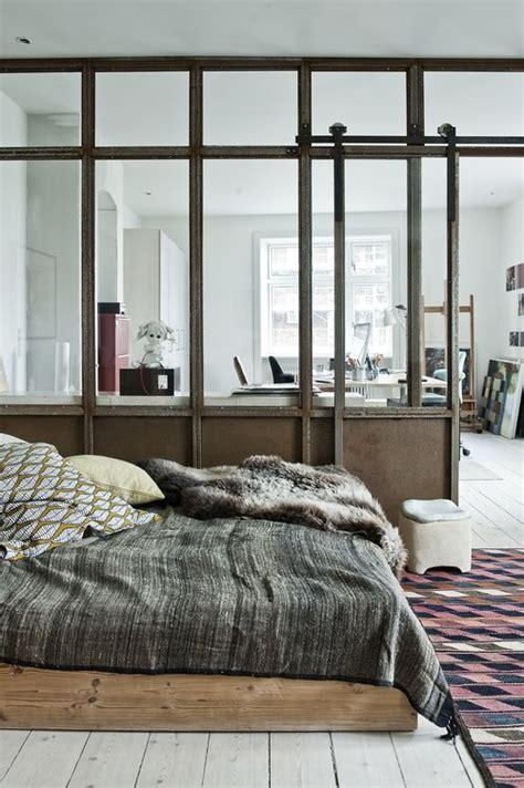 chambre atelier verriere atelier dans une chambre tapis ethnique parquet