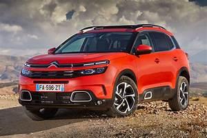 Citroën C5 Aircross Start : citroen c5 aircross 1 6 puretech 180 2019 road test road tests honest john ~ Medecine-chirurgie-esthetiques.com Avis de Voitures