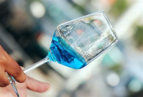 chardonnay color un chardonnay color azul massnegocios