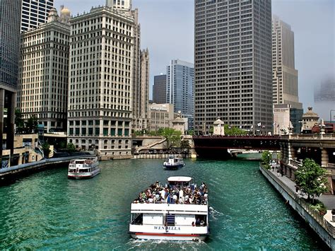 Best Chicago Architecture Boat Tour by 100 Trips Everyone Should Take In Their Lifetime
