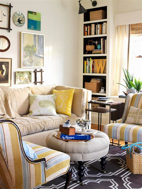 Decorating Ideas For Small Spaces Living Room by Beginner S Guide To Small Space Decorating