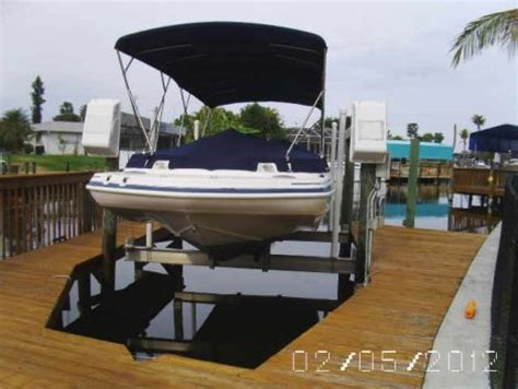 23 Foot Hurricane Deck Boat Gs 232 by 2005 Hurricane Deck Gs 232 Power Boat For Sale In Cape