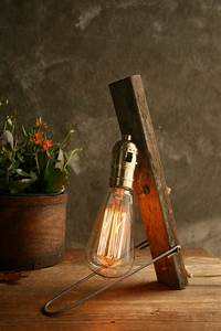 Retro Lampe Holz : diese retro lampen werden ihnen gefallen ~ Indierocktalk.com Haus und Dekorationen