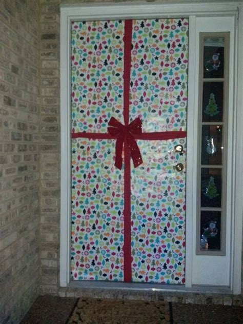 wrapping paper  cover  front door  red