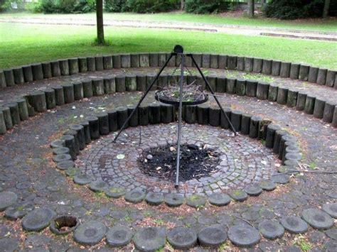 Lagerfeuerstelle Im Garten by Quot Grill Und Lagerfeuerstelle Im Au 223 Engel 228 Nde