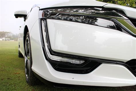 Tesla Software, Unhappy Leaf Owner, Honda Clarity First