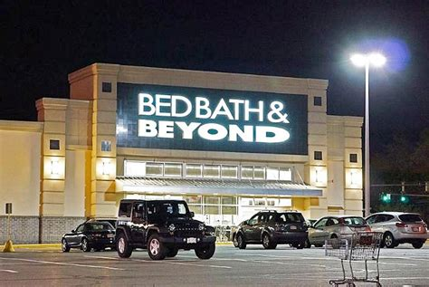 Bed Bath & Beyond CEO Steps Down Immediately Amid Store ...