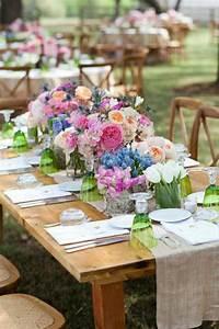 beaucoup de belles variantes pour votre chemin de table With chambre bébé design avec chemin de table fleuri mariage
