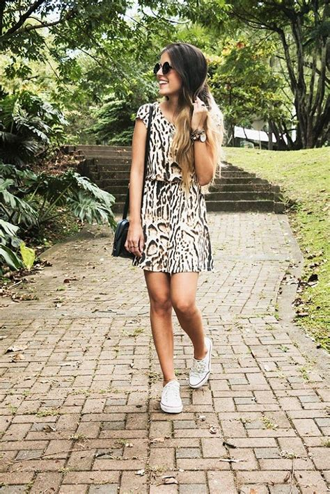 17 Best images about vestidos con tenis on Pinterest | Lace Fashion and Chicago