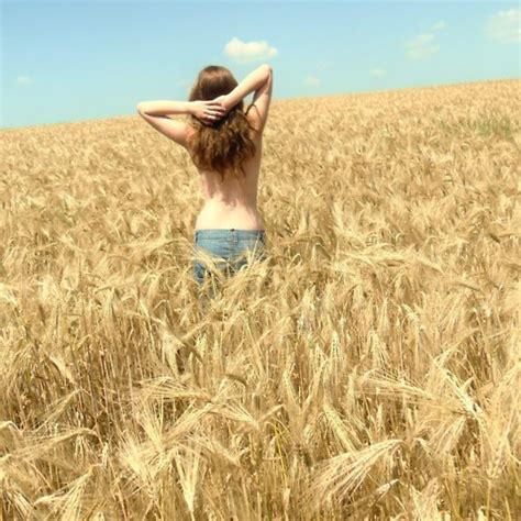 8tracks radio roll in the hay 15 songs free and music playlist