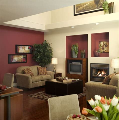 Living Room Ideas With Maroon Carpet by 40 Best Burgundy Decor Images On Burgundy