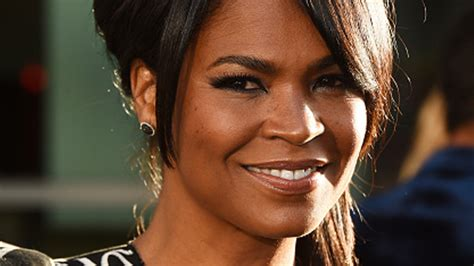 actress long of 2016 movie keanu nia long wows in edgy upsweep at keanu premiere