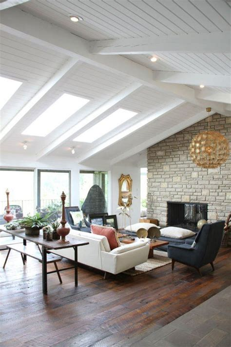 vaulted ceiling lighting 10 reasons to your vaulted ceiling