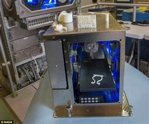 Astronauts will soon be able to 3D PRINT in space | Daily ...