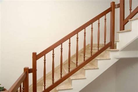 ringhiera legno ringhiere in legno per scale interne scale realizzare
