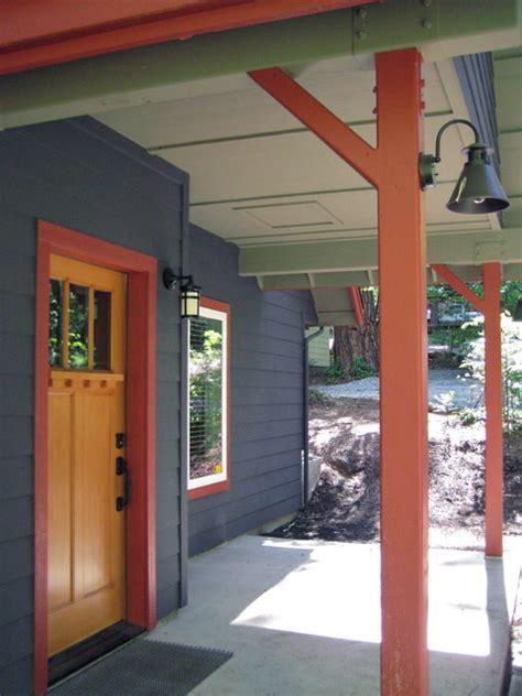 mountain cabin exterior