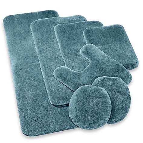wamsutta bath rugs wamsutta 174 duet 17 inch x 24 inch bath rug bed bath beyond