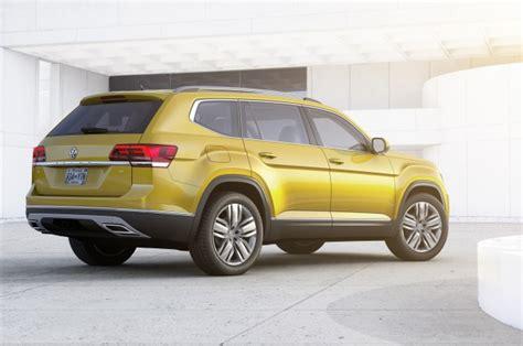 volkswagen atlas  seat suv unveiled plug  hybrid