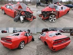 2009 Red Dodge Challenger Srt-8