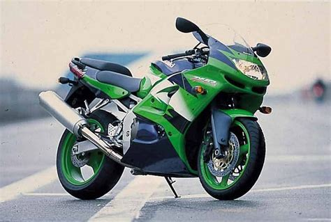Review Kawasaki Zx 6r by Kawasaki Zx 6r 1998 1999 Review Speed Specs Prices