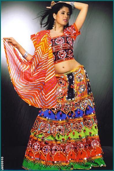 navratri special garba dandiya  dress ideas hairstyle