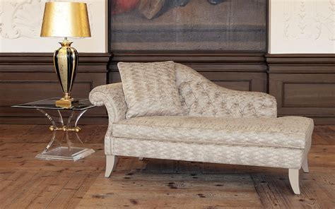 Classic Chaise Longue Emily