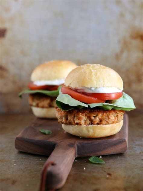 Salmon Cake Sliders