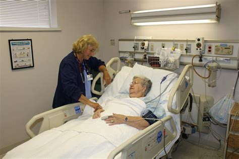 intensive care unit icu fairfield memorial hospital