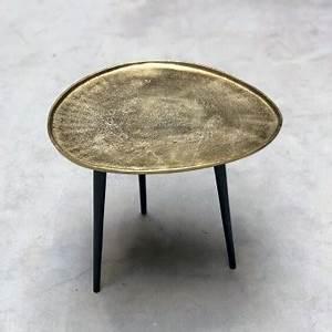 Table D Appoint Doré : table basse carr e style industriel fer patin bois mont sur 4 roulettes ~ Teatrodelosmanantiales.com Idées de Décoration